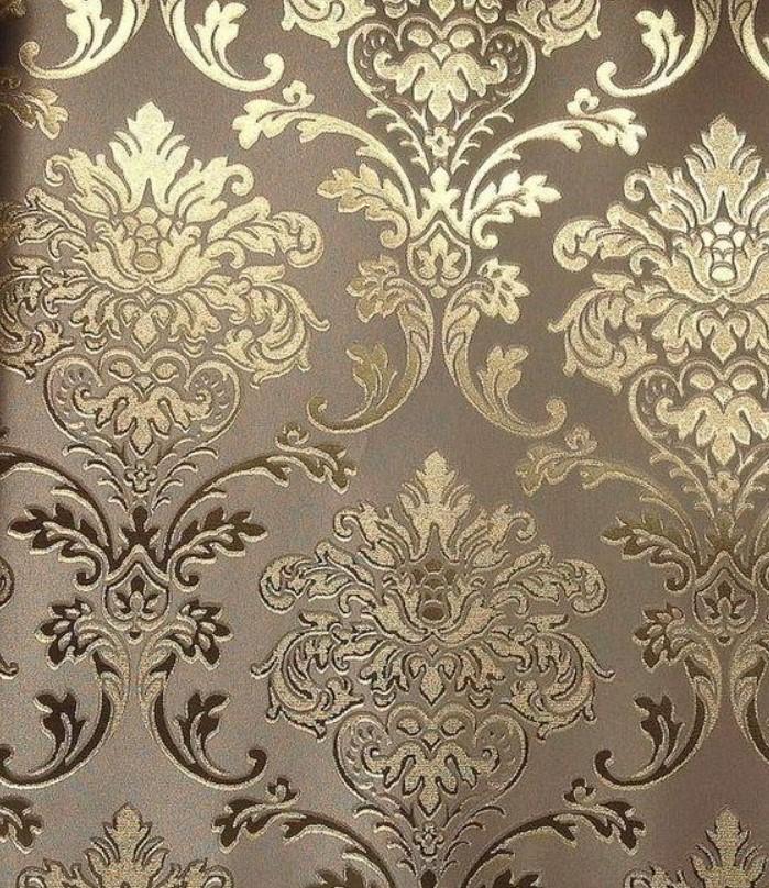 Desain metalik emas