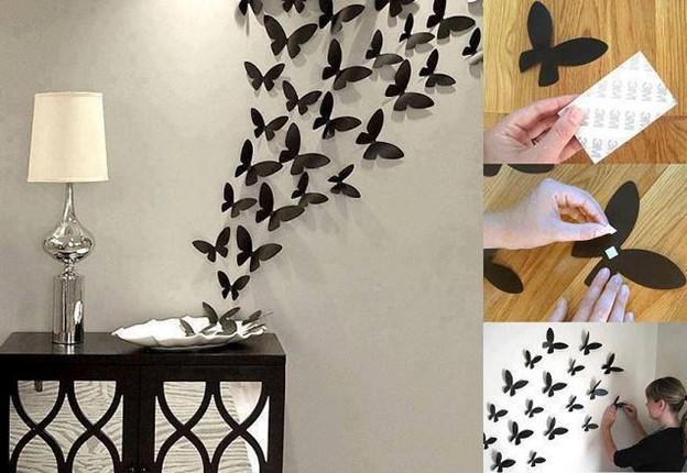 Untuk menghias dinding putih, Anda bisa menggunakan hiasan kupu-kupu seperti pada gambar